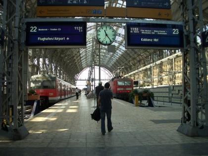 060718frankfurtstation